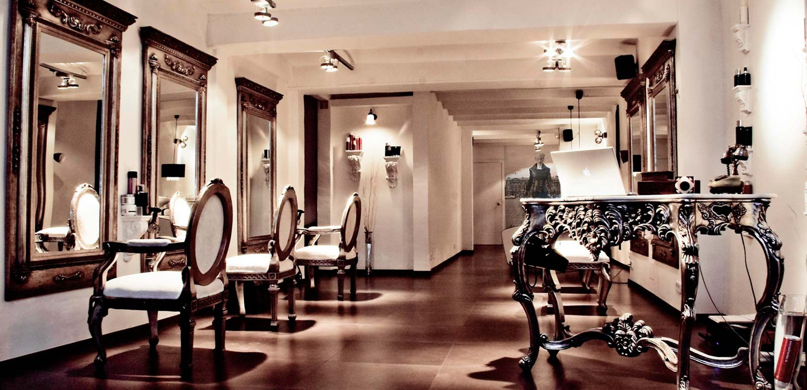 Salones de peluqueria de diseo best saln toro peluquera y for Peluqueria y salon de belleza